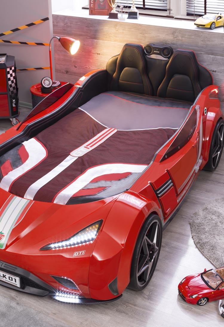 3aaf7ce1650 Το πιο πολυτελές αυτοκίνητο κρεβάτι ανήκει στην σειρά GTI όπου εντυπωσιάζει  το πιο απαιτητικό κοινό της τα παιδιά, καθώς κυκλοφόρησε τη νέα σειρά  παιδικών ...