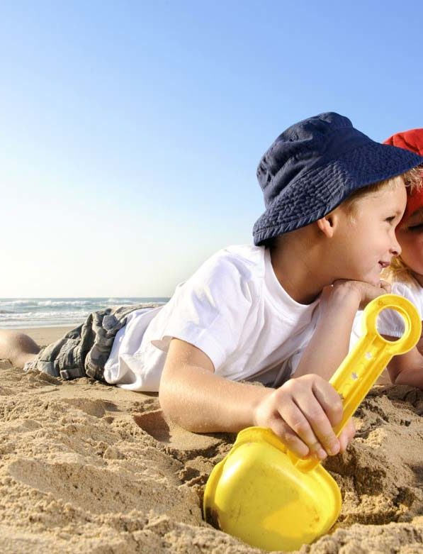 Προστατέψτε τα παιδιά από τον ήλιο