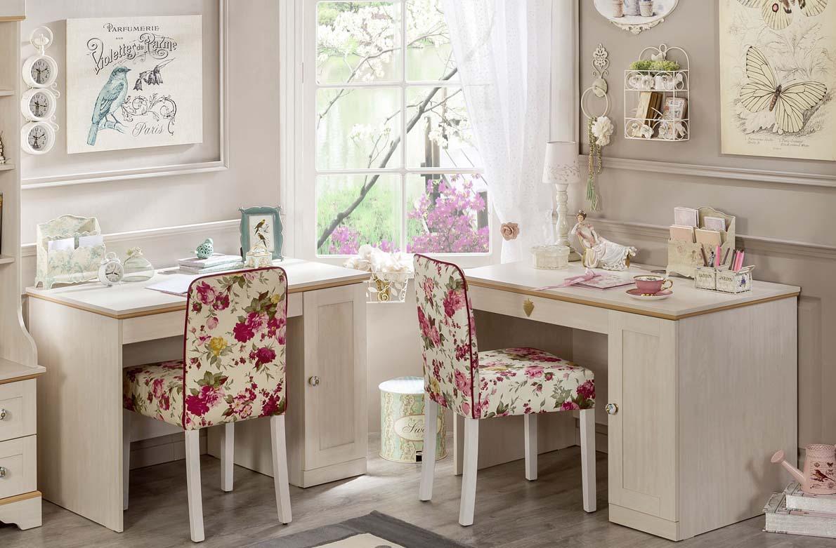 Παιδικά γραφεία και καρέκλες