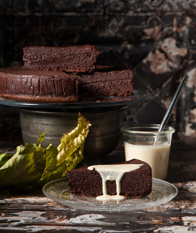 Υγρό κέικ σοκολάτας by Στέλιου Παρλιάρου
