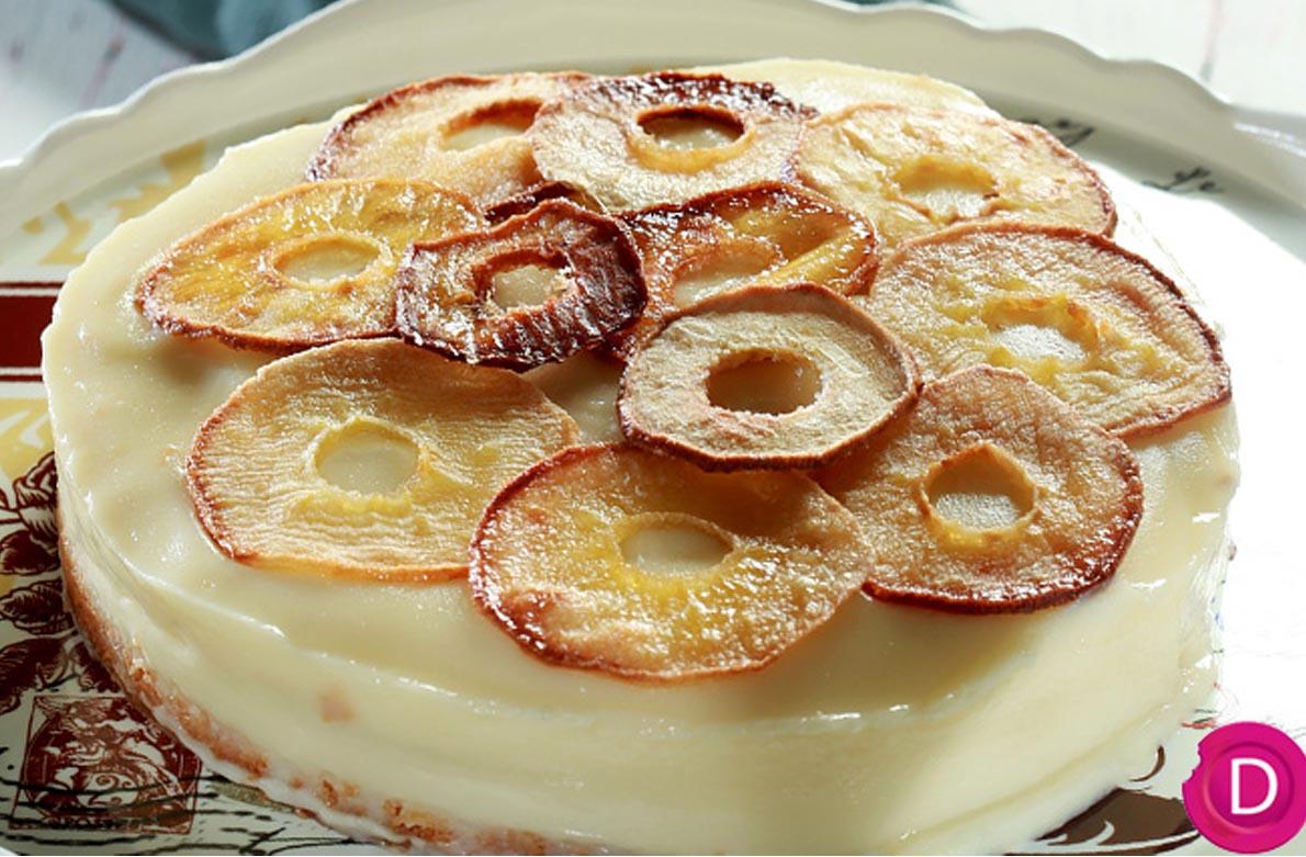 Τούρτα μηλόπιτας της Ντίνας Νικολάου