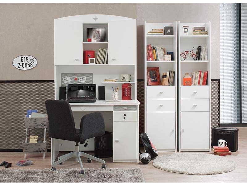 Παιδικά γραφεία για κορίτσια - Περιοδικό για το παιδί - ebiskoto.gr 5237a9eec1b